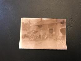 14-18 - PHOTO - FONTAINE LES CAPPY Poste De Secours 1914 (ambulance Hippomobile) - Oorlog, Militair