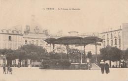 L15-29) BREST - LE CHAMP BATAILLE  - (ANIMEE -   2 SCANS) - Brest