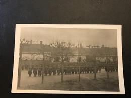 CARTE PHOTO Octobre 1914 - CAPPY (80) Sur La Place, Remise De La Croix De Guerre Au Capitaire 75e RI - Oorlog 1914-18