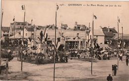 QUIBERON-LA PLACE HOCHE UN JOUR DE FETE - Quiberon