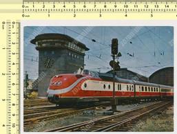 Train TEE Helvetia Leaving Frankfurt Am Main Station Vintage Photo Postcard Rppc Pc - Estaciones Con Trenes