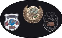 69300-Lot De 3  Pin's -militaire.armée.onu.daguet. - Militair & Leger