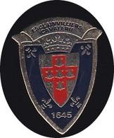 69317- Pin's - 3° Régiment De Cuirassiers .Esclainvilliers Cavalerie.militaire.armée. - Militair & Leger