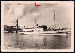 E6772 Undine Fähre Fährboot -Kapitän P. Hahn Rostock - Foto Schäfer - Ferries