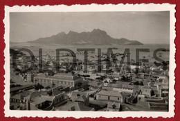 CABO VERDE - SAO VICENTE - MINDELO - VISTA PARCIAL E MONTE CARA - 1940 REAL PHOTO - Plaatsen