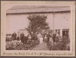 Photo Sur Carton Les Noces D'Or De Mr Et Mme Binétruy  5 Sept 1910   Patronyme Franc Comtois Villers Le Lac Généalogie - Geïdentificeerde Personen