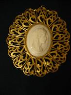 Wandplakette, Feuervergoldet Mit Medaillon -  älter (900) - Andere