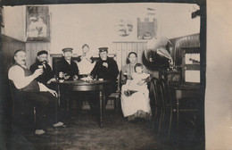 Carte Photo  Guerre De 1914 Grammaphone - Guerra 1914-18