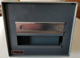 Fichero / Archivador Metálico - TRIUNFO DEX (Modelo: MALLABIA) - Stamp Boxes