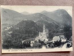 CP LOURDES LA BASILIQUE - Lourdes