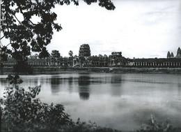 INDOCHINE ANGKOR Photo 30 X 24 Cm TTB Cambodge Temple Du Nord Bassin Des Lotus Service Presse 2 Scans - Places