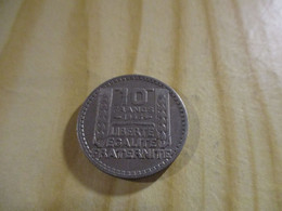 France - 10 Francs Turin 1946 ,grosse Tête,rameaux Courts.N°1762. - K. 10 Franchi