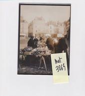 VANNES PLACE MARCHE TYPE COSTUME BRETONNE 56 MORBIHAN PHOTO ORIGINALE - Plaatsen