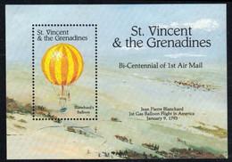 Saint Vincent Grenadines 1983 Balloons Ballons MNH - Montgolfières