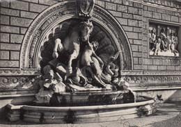 CARTOLINA  BOLOGNA,EMILIA ROMAGNA,GRUPPO MARMOREO DI DIEGO SARTI (1890), STORIA, CULTURA, RELIGIONE,VIAGGIATA 1953 - Bologna
