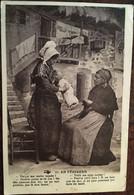 """CPA  , Occitan - Patois, Folklore, Scéne , Mère, Bébé, Coiffes, En Périgord, (24) """"Voilà Ma Robe Tachée."""" éd Hirondelle - Non Classés"""