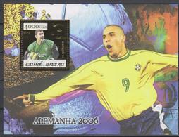 Soccer World Cup 2006 - Football - GUINEA BISSAU - S/S Gold MNH - 2006 – Duitsland