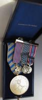 Médaille De L'Afrique Du Nord + 3 Réduction De Médailles Sur Barrette, Dont 2 Avec Agrafe MAROC. 8 Photos - Francia