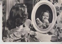 BAMBINI BAMBINA TRUCCO SPECCHIO MIRROR VG 1955 - Retratos