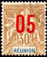 Réunion Obl. N°  76 - Type Groupe Surchargé 05c Sur 30c Brun - Oblitérés