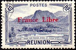 Réunion Obl. N° 191 - Vue -> Salazie, Mare Aux Poules D'eau Et Piton D'Auchain 40c Outremer Surchargé France Libre - Gebruikt