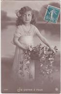 D3164 FANTAISIE ENFANT - FILLETTE AVEC FLEURS DANS UN PANIER - DECOR CHAMPETRE - JE PENSE A VOUS SERIE N°6367 - Verzamelingen & Reeksen