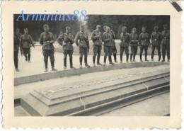 France, 1940 - Carrefour De L'Armistice - Les Plénipotentiaires Allemands - Forêt De Compiègne - Rethondes - Clairière - Oorlog, Militair