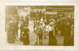 87. HAUTE-VIENNE - LIMOGES. KERMESSE DE LA CLEF DES CHAMPS 1910. Sortie Du Théâtre. - Limoges