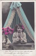 D3169 FANTAISIE ENFANT - FILLETTE PRIANT DANS SON LIT - ROSES DANS UN VASE - E.L.D. SERIE N°4023 - Verzamelingen & Reeksen