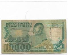 MADAGASCAR Billet 10000 Ariary - Madagaskar