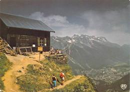 74 - Massif Du Mont Blanc - Le Chalet Des Pyramides Et Les Aiguilles Rouges - Unclassified