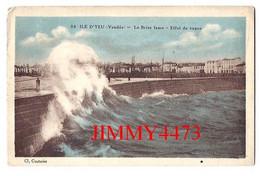 CPA - ILE D'YEU 85 Vendée En 1933 - Le Brise Lame - Effet De Vague - N° 24 - Edit. Cl. Couturier - Ile D'Yeu