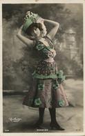 Actrice Marthe Derminy Photo Reutlinger Sexy Corset Taille Très Fine . Envoi Roaix Vaucluse Texte En Occitan . Langue Oc - Schauspieler