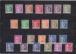 Type PAIX Des Années 1932 à 1937 - Très Joli Lot De 24 Timbres Dont N°9 (franchise Militaire) Neufs Sans Charnière - Ongebruikt
