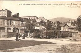 PELUSSIN  .  QUARTIER DE LA GARE  .  ARRIVEE DU TRAIN - Pelussin