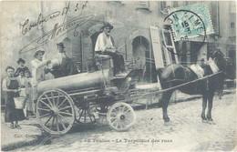 Cpa 83 – Toulon – Le Torpilleur Des Rues - Toulon