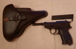 Pistolet P38 à Blanc Avec étui - Armas De Colección