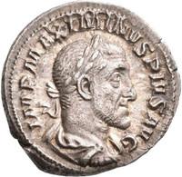 Maximinus I. Thrax (235 - 238): Denar, Rom 235/6. Belorbeerte Und Drapierte Büste Nach Rechts, IMP M - 5. The Military Crisis (235 AD To 284 AD)