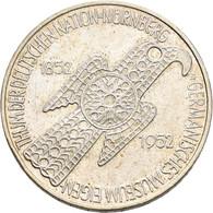 Bundesrepublik Deutschland 1948-2001: 5 DM 1952 D, Germanisches Museum, Jaeger 388. Kratzer, Leicht - Unclassified