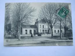 LA ROCHEFOUCAULD - La Gare -  En 1909 - Autres Communes