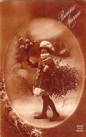 CP - Bonne Année - Fillette Dans Ovale Avec Bouquet De Fleurs Et Gui Dans Le Dos - Dix - - Neujahr