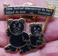 Pins ANCIEN SUPERBE PIN'S OURS, VILLARS DE LANS, VOIR DESCRIPTION - Animals