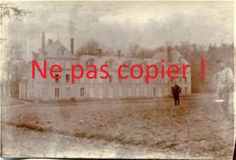 2 PHOTOS FRANCAISES - LE CHATEAU DE AUBILLY PRES DE VRIGNY - REIMS MARNE 1915 - GUERRE 1914 1918 - 1914-18