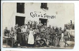 Valdahon  Carte Photo Café De La Terrasse , Souvenir De Du Valdahon Inscrit Sur Pancarte Tenue Au 3iemme Rang - Sonstige Gemeinden