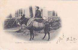 64 -- Pays Basque -- Biarritz -- Femme Basque Se Rendant Au Marché Sur Son âne -- Panier D'osier  --- 812 - Biarritz