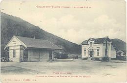 Cpa 88 – Celles Sur Plaine – Place De La Gare ( Station Du Chemin De Fer ) - Otros Municipios