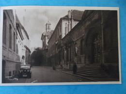 25 : BESANCON : LYCEE VICTOR HUGO ,entree Du Grand Lycee, Avec Vignette ERINOPHILE , Animé,CPA,carte En Bon état - Besancon