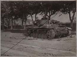 Photo Ancienne Guerre  WWII Char Tank Détruit à Meximieux Ain - Guerra, Militari