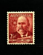 AUSTRALIA - 1949  2 1/2 D  FORREST  MINT NH  SG 233 - Ongebruikt