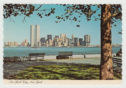 New York City - Twin Towers - Skyline - By Manhattan Post Card Inc. No DR-48831-D - Size 4 X 6 - Unused - 2 Scans - Manhattan